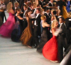 students-prom-1498151