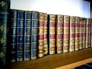 old-books-2-1515060