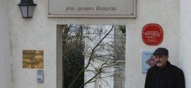 Dans la maison du philosophe autodidacte Jean-Jacques Rousseau(1712 – 1779) à Montmorency en France